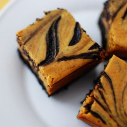 pumpkin-cheesecake-brownies