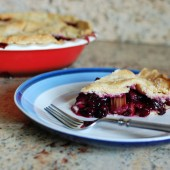 blueberry-rhubarb-pie