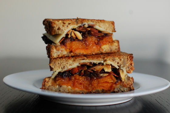 the-perfect-fall-grilled-cheese-sandwich