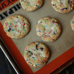 funfetti-chocolate-chip-cookies